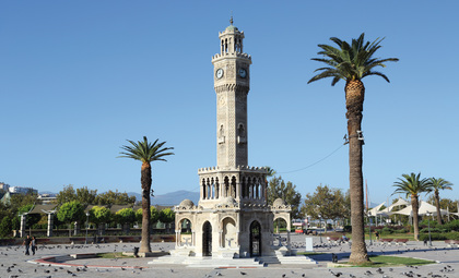 De Clock Tower in Izmir